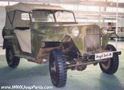 Nice original WWII production GAZ-67. Notice tube grill and fender extensions or 'wings'.